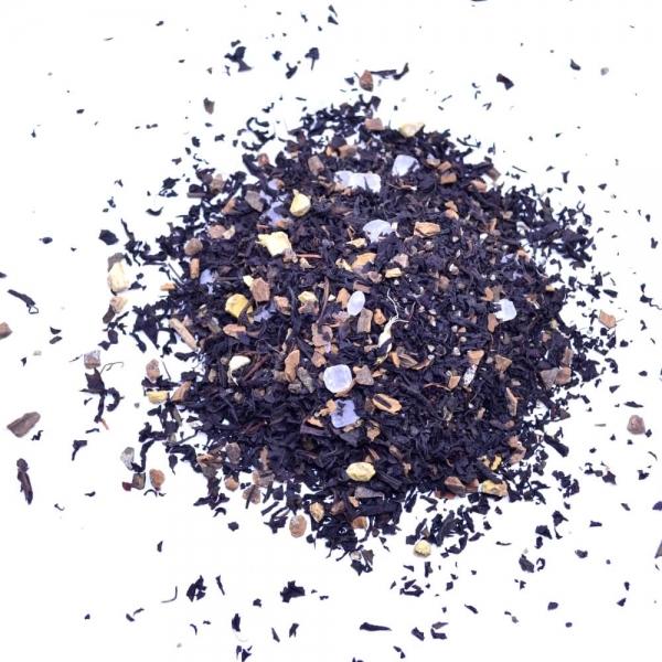 Schwarzer Tee Chakra-Chai aus Indien mit Nelken und Kandis